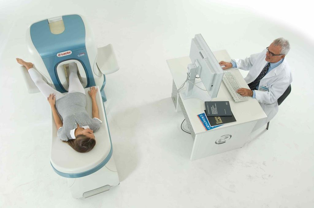 knee mri machine